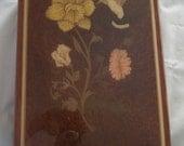 Vintage Lacquered Hummingbird Music Jewelry Box playing Isle of Capri