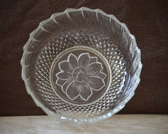 Dessert Bowls/Vintage KIG Indonesia Glass/Cross Hatch Swirl Floral Glass Bowl/Frosted Flower Dessert Bowl/Candy Dish/Trinket Dish/80's 90's