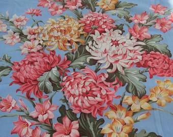 Vintage Large Floral Print Fabric- Cabbage Roses Bouquet- 1940s