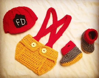 Crochet Baby Fireman Outfit Photo Prop for baby girl or baby boy. Firefighter