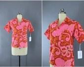 Vintage 1960s Hawaiian Shirt / 60s Aloha Shirt / Women's Hawaii Blouse / Kole Kole / Pink & Orange Floral Print Batik / Size Small S 4 to 6
