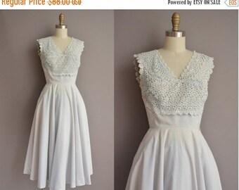25% off SHOP SALE... 50s powered blue floral cotton vintage dress / vintage 1950s dress