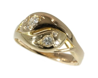 Antique Snake Ring Double Head Serpent Ring 18K Yellow Gold Brilliant Cut Diamond 1900s Art Nouveau Jewellery