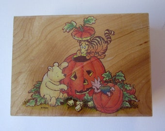 rubber stamp - POOH'S jack-o-lantern - Winnie the Pooh, All Night Media Disney 751J
