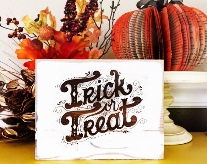 Rustic Halloween Signs