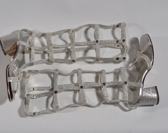 Vintage 1960s Silver Gladiator Sandals - Caged Gogo Botticelli Boots - Mod Fashions Size 5