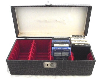 8-Track Case, Vintage Dark Brown Faux Alligator Carry Case for Eight Track Tapes (O1)