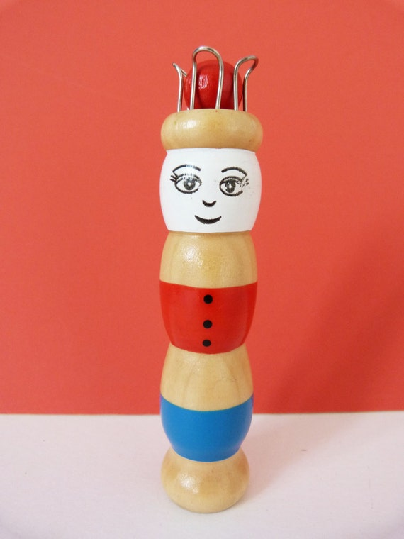 Knitting Nancy Vintage : Vintage knitting nancy toadstool tool spool from