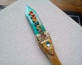 Turquoise spike | wood shawl pin | raw crystals | tribal | chestnut | colorful