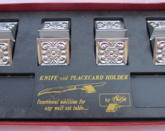 Four Unique Vintage Knife Rests and Place Card Holders in Original Box Made by Carvel Hall