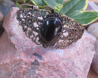 Black Agate Bracelet, Black Crystal  Bracelet, Healing Gemstone, Antique Bronze Cuff Bracelet, Medieval Renaissance Bracelet, Wiccan Jewelry