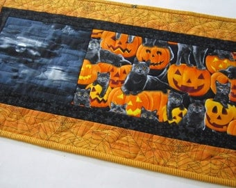 Quilted Table Runner, Halloween Table Runner, Handmade Table Runner, Handmade in USA, Pumpkins, Cats, Spider Webs, Halloween Runner