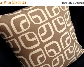 "ON SALE Modern Geometric Pillow Cover - Coffee Latte - Home Decorator Fabric - 17"" x 17"" for an 18"" insert"
