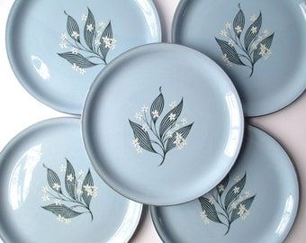 Vintage Homer Laughlin Skytone Blue Daisy Dinner Plates Set of Five - Retro