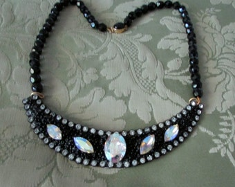 Swarovsky rhinestones necklace