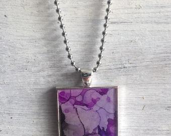 Colorful purple necklace pendant w/necklace