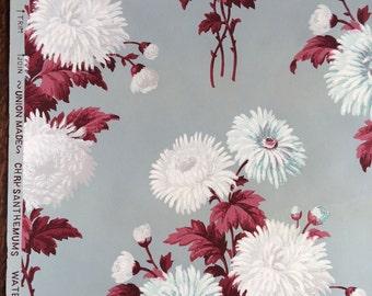 Vintage Wallpaper - White Teal Chrysanthemums Maroon Leaves, BIRGE, 1940's - 1 Yard