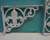 Pair Two Brackets cast iron White Fleur De Lis decorative Shelf Furniture wall supplies French Country Ornate