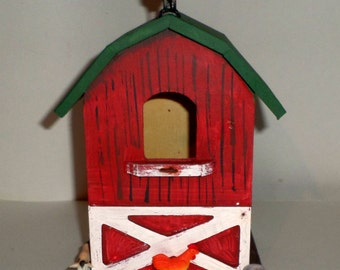 Red Barn Birdhouse - Rooster Birdhouse  - Wood Farm Birdhouse - Indoor/Outdoor Birdhouse - Hand Painted & Decorated Hanging Birdhouse