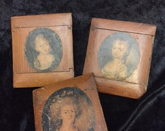 x Wood Portraits Antique SET of 3 as Dovetailed wood frames (FFs1026)
