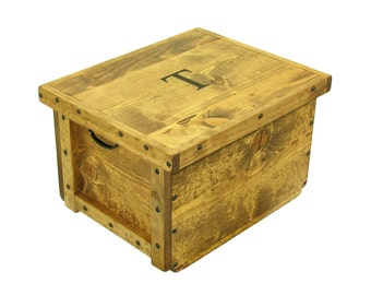 Lidded Wood Box, Wooden Crate with Lid,  Keepsake Box, Hope Chest, Memory Box, Wedding Card Box, Bin, Tote, Carry-all, Engraving Available
