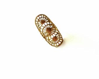 Large brass geometric ring// vintage cocktail ring// adjustable// ecofriendly//boho chic