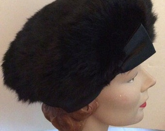 Vintage 1950s 1960s Black Hat Genuine Rabbit Fur