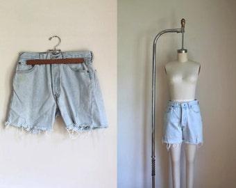 "vintage denim cutoffs - LEVIS 501 chambray cutoff jean shorts / M (28"")"