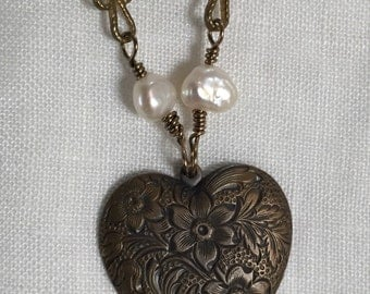 Antique Bronze Heart
