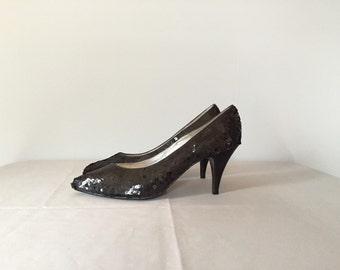 black sequined pumps | 1980s high heels | 7.5