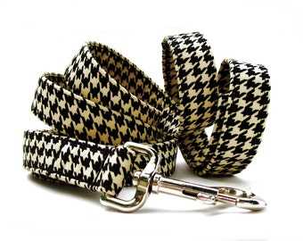 Houndstooth Dog Leash in Black and Tan