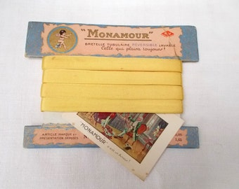 "Antique French Ribbon on Original Card  ""MONAMOUR""  with Fabulous Graphics. Lemon.  11mm wide    (1290c)"