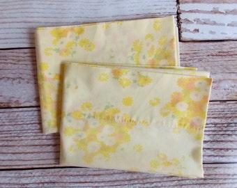 Vintage Pillowcase Set / Sunny Yellow Floral / Vintage Pillowcase