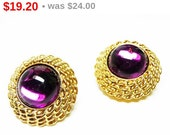 Round Purple Glass Earrings - Goldtone 1928 Marked Clip On Design - Retro Vintage Jewelry