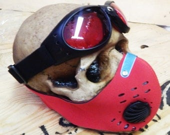 BURNING MAN, Wasteland, Mad Max - 2 pc set Black and Red Neoprene Filter Lined Riding Dust Mask w/Steampunk Aviator Style Cushioned Goggles