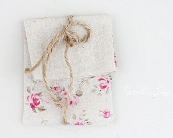 Set of 5 packaging pink floral linen blend USB pouches gift wrap
