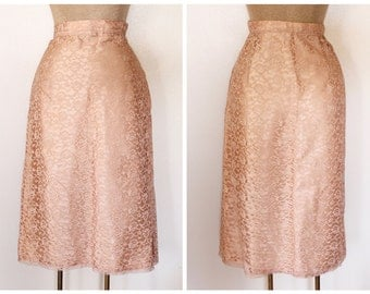 Vintage 1960s Women's Light Peach/Pink Lace and Satin Pencil Skirt Size M-L