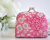Joli Boquet in Pink - Tiny Kiss lock Coin Purse/Jewelry holder