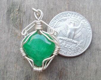 emerald pendant colombian emerald