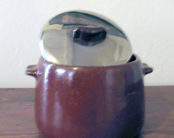 Antique Atomic Age 50s SHABBY CHIC THANKSGIVING  Westbend Bean Pot with Stainless Steel Lid  & Bakelite Handle Mint  Condition