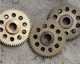Vintage clock brass gears -- set of 3 -- D10
