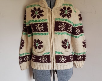 Cowichan Mary Maxim 1950's Cowichan Sweater Size Large XL Flowers And Snowflakes