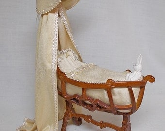 Dolls House Miniature JiaYi Pale Gold Silk Crib / Cradle