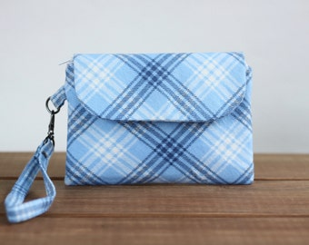Sale - Blue Zipper Pouch - Cell Phone Wallet Wristlet - Cell Phone Clutch in Blue Flannel - Fabric Handbag - Clutch Purse