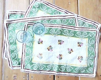SET of 4 Vintage Linen Placemats Napkins Country Green Ethnic Bohemian