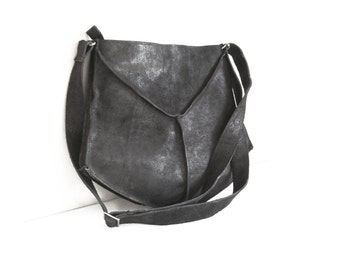 Black leather crossbody bag, Small CrossBody Bag in black, black leather Purse, black leather messenger bag women, Black Bag, Everyday Purse