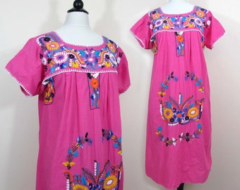 Mexican Embroidered Dress - J.R. Palacios Hot pink 1970s shift - M-L