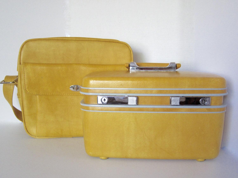 Vintage Carry On Luggage 50