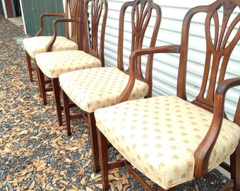 Price drop! Set of 4 Vintage Sheraton Dining Chairs