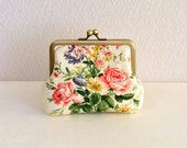 Shabby chic floral coin purse - white, bouquet, rose, frame purse, clasp purse, Japanese fabric